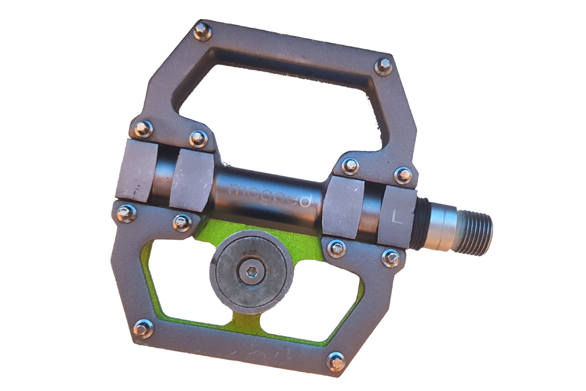 magnet pedal