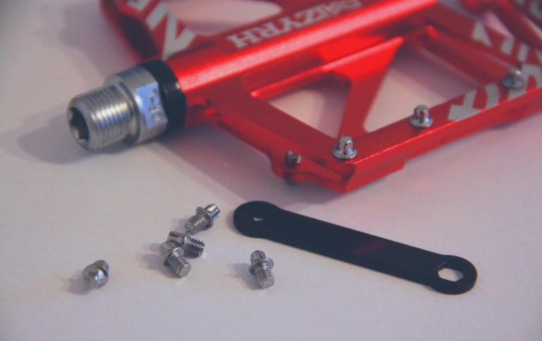 Ersatzpins in Pin-Pedal schrauben