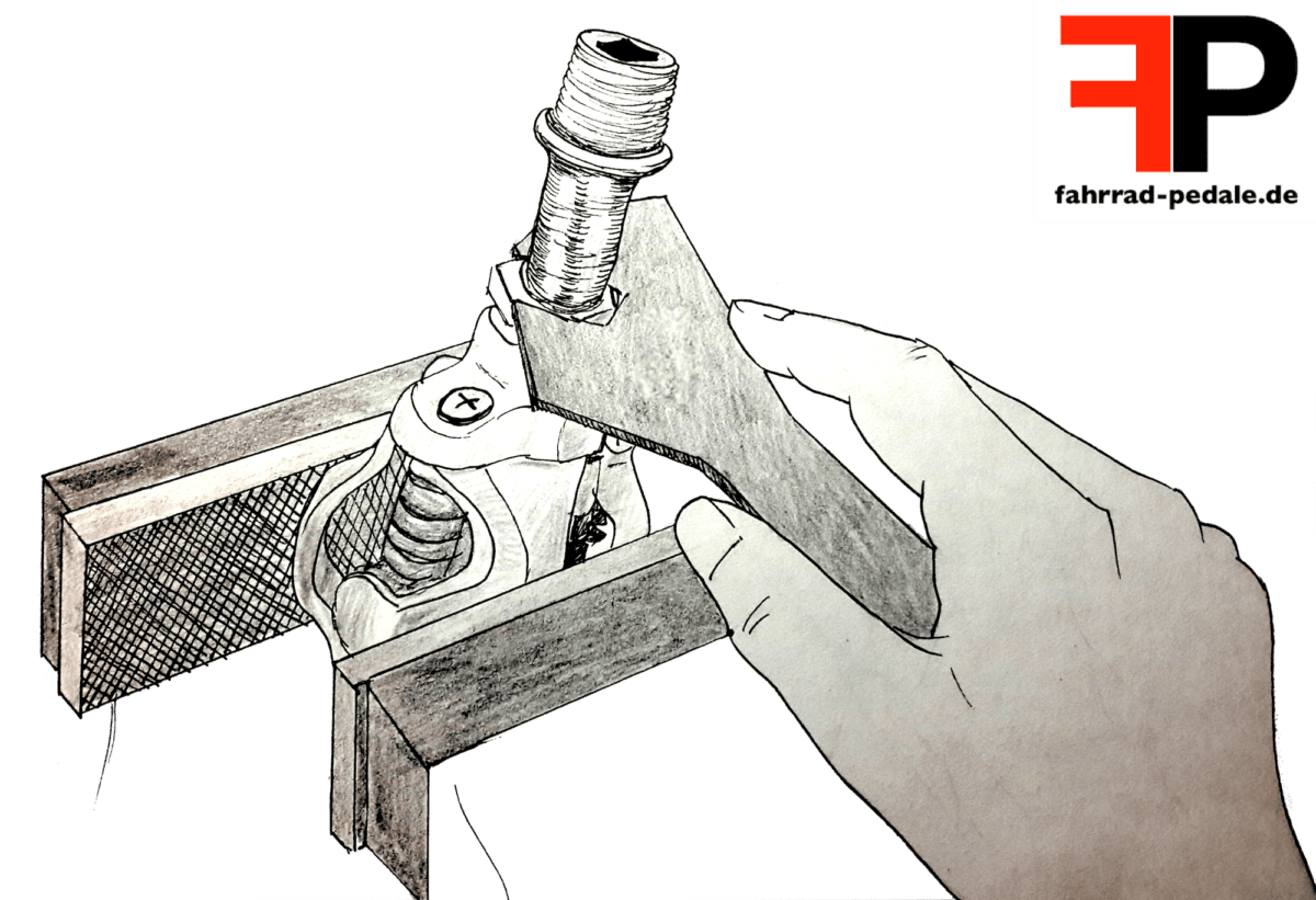 Klickpedal reinigen Pedalachse entfernen Schraubstock
